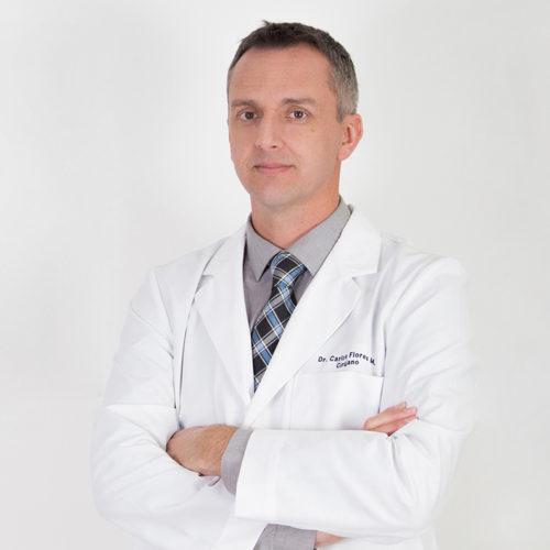 Dr. Carlos Flores