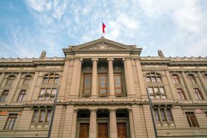 Corte Suprema condena a Isapre por incumplimiento contractual en cobertura de Cirugía Bariátrica